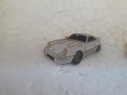 PINS PORSCHE 911 BLANCHE/PHARE JAUNE - Porsche