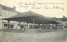 NANGIS - La Halle, Place Du Marché. - Nangis