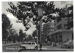 10.519 - RIVAZZURRA DI RIMINI VIALE REGINA MARGHERITA ANIMATA AUTO CAR 1950 CIRCA - Rimini