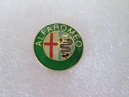 PIN'S    LOGO   ALFA  ROMEO  Ø 21mm   Vert - Alfa Romeo