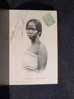 Madagascar Types Malgaches Femme Betsileo -09__(13933) - Madagascar