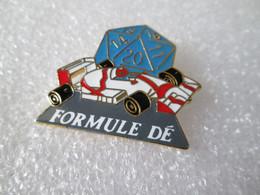 PIN'S    FORMULE  DÉ   Email Grand Feu - F1