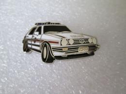 TOP PIN'S VOLKSWAGEN GOLF GTI POLICE LUXEMBOURG Email De Synthèse DEHA SUPERBE - Volkswagen