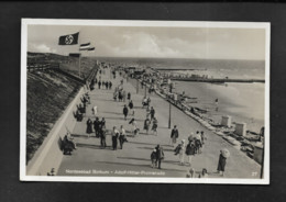 DR Ak Borkum / Adolf-Hitler-Promenade Mit Hakenkreuzfahne - Guerra 1939-45