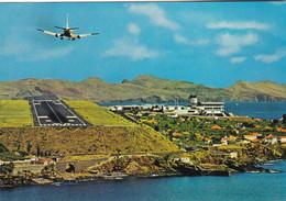 AEROPORT DE SANTA CATARINA SANTA CRUZ  MADEIRA (chloéA) - Aeródromos