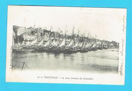 CPA TROUVILLE Le Quai Tostain ( Le Dimanche ) Précurseur  1902 - 14 Calvados - Trouville