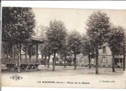 58 - LA MACHINE -   Place De La Mairie   99 - La Machine