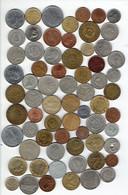 Lot De Plus De 500 Grammes D'anciennes Monnaies Diverses à Trier (environ 135 Pièces, Tous Pays) - Alla Rinfusa - Monete