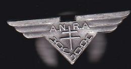 71332-ancienne Boutonnière-ANRA.aviation.militaire.croix De Lorraine. - Aerei