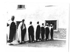 Guerre D'Algérie, 2 Photos 120x90 Et 100x80 Mm Env. 15/05/59. Inauguration De La SAS De Bekkaria. Goumiers, Méchoui - Oorlog, Militair