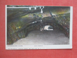 Woodward Cave On Beach Looking North  Sea Isle City  New Jersey   Ref  4978 - Ohne Zuordnung