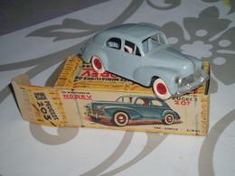 Peugeot 203 Norev 1/43 D Origine Avec Boite Plastique Chassis Metal - Toy Memorabilia