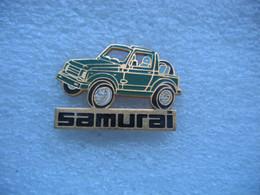Pin's D'une Suzuki Samurai De Couleur Verte - Altri
