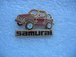 Pin's D'une Suzuki Samurai De Couleur Blanche - Altri
