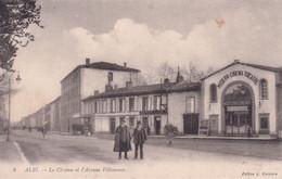ALBI - Le Cinéma Et L' Avenue Villeneuve - Albi