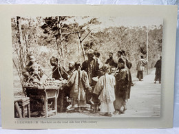 Hawkers On The Roadside Late 19th Century, Hong Kong Postcard - Cina (Hong Kong)