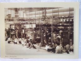 Racing Day Outside The Royal Hong Kong Jockey Club, Hong Kong Postcard - Cina (Hong Kong)