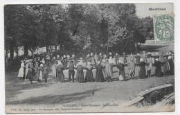 (RECTO / VERSO) PLOERMEL EN 1910 - DANSE BRETONE - LA GUEDILLEE - PLI ANGLE BAS A DROITE - FOLKLORE - CPA VOYAGEE - Ploërmel