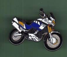 MOTO *** YAMAHA 750 TENERE *** 2114 (15-5) - Motorfietsen