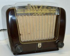 POSTE RADIO PHILIPS BF 290 U BAKELITE ROUGE 1950 à Réviser Ne Fonctionne Pas XXe COLLECTION DECO VINTAGE - Apparecchi