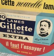 RARE   Plaque En Tôle  1961   NOEL  Auxerre  Gilette  Bleue   33 Cm  X  33 Cm - Plaques En Tôle (après 1960)