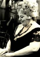 Hattie Jacques  23*16cm CINE ACTORS ACTORES - Berühmtheiten
