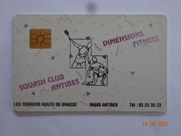 CARTE A PUCE CHIP CARD CARTE  FIDÉLITÉ CLUB SPORTS SQUASH CLUB  DIMENSIONS FITNESS ANTIBES 06 ALPES-MARITIMES - Cartes De Fidélité Et Cadeau