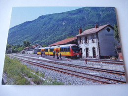 "ANNOT (04) : Autorail ""AMP"" 805/806 Des Chemin De Fer De Provence En Juin 2019 - Estaciones Con Trenes"