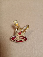 Pin's  Ford  (aigle) - Ford