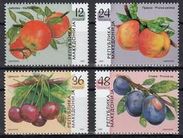 Macedonia 2005 Fruits Plum Cherry Apple Peach Plants, Set MNH - Obst & Früchte