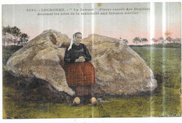"""Locronan """" La Jument """" (Pierre Sacrée Des Druides) Donnant La Maternité Aux Femmes Stériles - Locronan"""