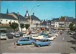 58  LA CHARITE Sur LOIRE  La Place  CPM écrite Avec Voitures  DS_4L Et PLUS - La Charité Sur Loire