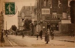 CPA  Crèvecoeur-le-grand  Rue Larochefoucault (Ca 065) - Crevecoeur Le Grand