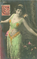 Femme   - Artiste Héro - Danse       F 1227 - Artisti