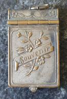 Pendentif Souvenir Bombardement De Soissons 1914-1916 - 1914-18