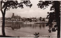 58 - NEVERS Vue à Travers Les Acacias écrite - Nevers