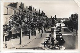 58 - COSNE SUR LOIRE Boulevard De La République écrite Timbrée - Cosne Cours Sur Loire