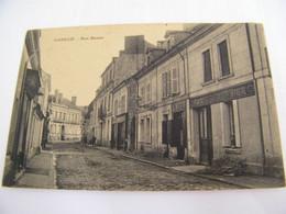 CPA - Longué (49) - Rue Basse - Café - Peintre Vitrier Gasnier  - 1910 -  SUP  (FD 57) - Autres Communes