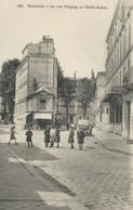 CPA - Versailles - La Rue Pétigny Et L'Hôtel Suisse - Versailles