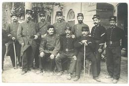 Cpa Carte-photo Militaire, Soldats 124e Régiment - Personajes