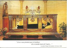Nevers (Niévre, France) Couvent Saint Gildard, Sainte Bernadette Dans Sa Chasse, St. Bernadette In Her Shrine - Nevers