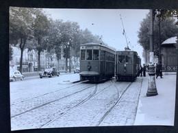 Photographie Originale De J.BAZIN Numérotée : Tramways De VERSAILLES :Avenue De St Cloud  En 1954 - Trains