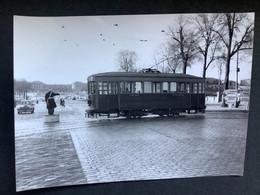 Photographie Originale De J.BAZIN Numérotée : Tramways De VERSAILLES :Avenue De Paris - Préfecture En 1954 - Trains