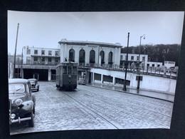 Photographie Originale De J.BAZIN Numérotée : Tramways De VERSAILLES : Gare Des Chantiers  En 1957 - Trains