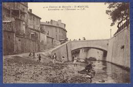 CPA BOUCHES-DU-RHONE (13) - ENVIRONS DE MARSEILLE - SAINT-MARCEL - LAVANDIERES SUR L'HUVEAUNE - Altri Comuni