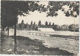 Yvelines :  MARLY Le  ROI :  Le  Stade Municipal  , Football - Marly Le Roi