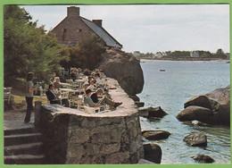 Belle CPSM BRIGNOGAN Plage Restaurant Castel-Regis Terrasse Et Salle à Manger 29 Finistère Animation - Brignogan-Plage