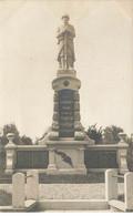 80 PERTAIN #21572 LE MONUMENT AUX MORTS CARTE PHOTO - Other Municipalities