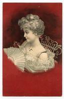 Charmante Jeune Femme Dans Un Décor Art Nouveau, Carte à Fond Rouge. Paillettes Argentées. - Women