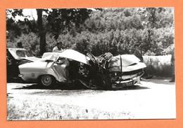 PHOTO ORIGINALE 1985 CHATEAU ARNOUX - ACCIDENT DE VOITURE OPEL (?) AUTRES - CRASH CAR - Automobiles